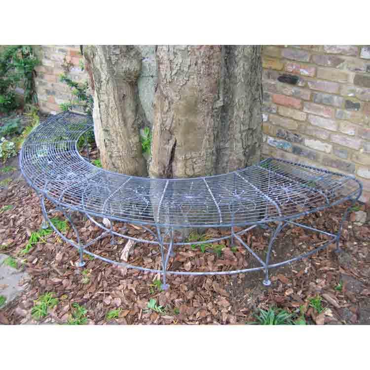 Chestnut tree seat